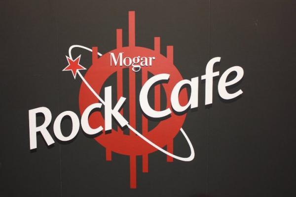 ROCK CAFE'